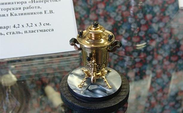 О миниатюре: самовар-наперсток