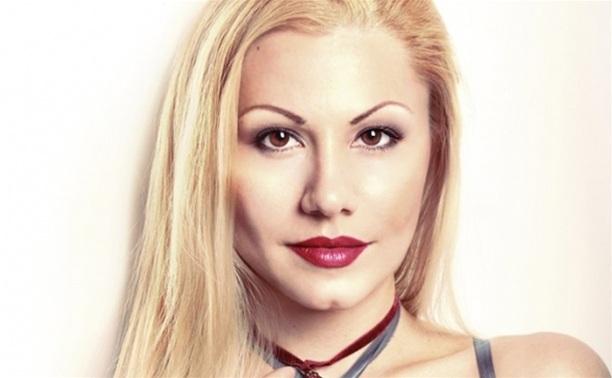 Leona Avrelina live
