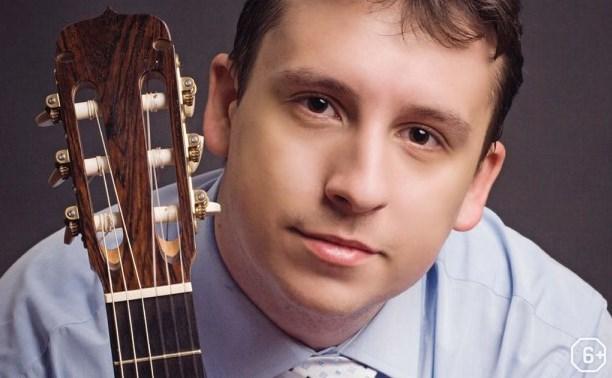 Дмитрий Нилов