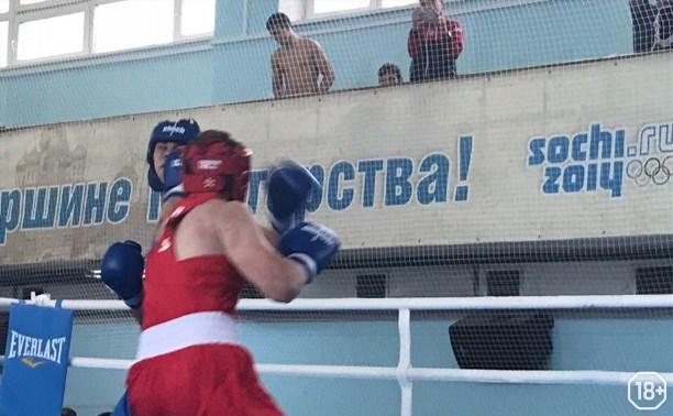 Соревнования по боксу класса «Б» ( памяти Р. Я. Жабарова)