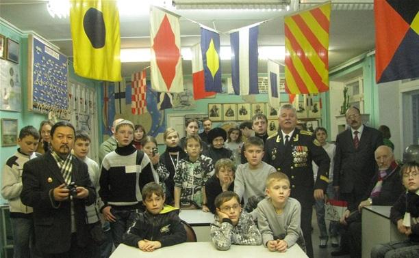 Встреча молодежи с ветеранами военно-морского флота