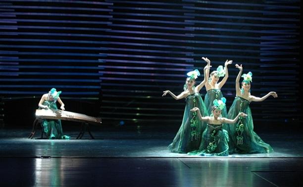 Китайский театр «Ляонинь» в Туле