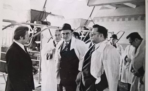 15 июня: родился председатель КГБ и депутат от Тульской области Юрий Андропов