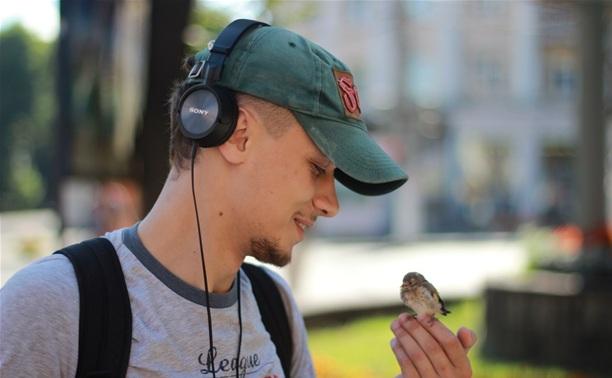 История дружбы между человеком и птенцом