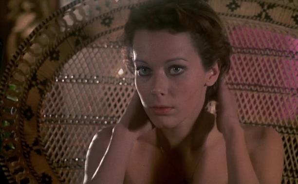 5 июня: туляков с большого экрана приобщили к фильму «Эммануэль»