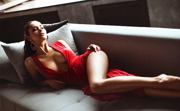 Красотки в красных платьях, ау!