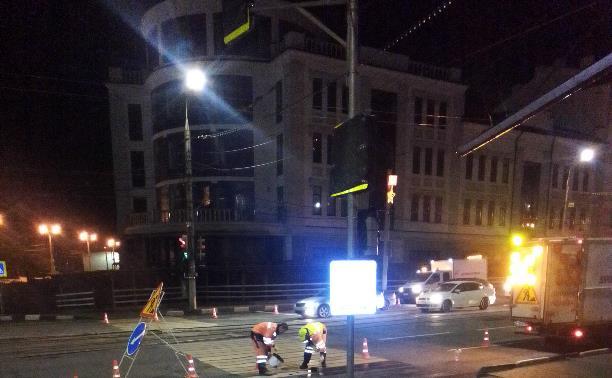 В Туле под покровом ночи закрашивают пешеходные переходы.