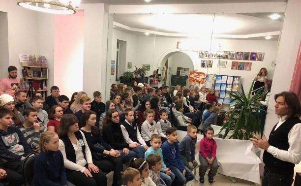 Дмитрий Маликов посетил воскресную школу при Свято-Казанском храме г. Тулы
