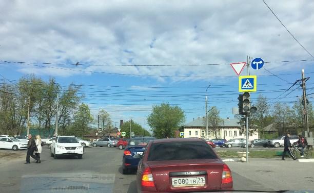 Не работает светофор на пересечении ул. К.Маркса и Пролетарской