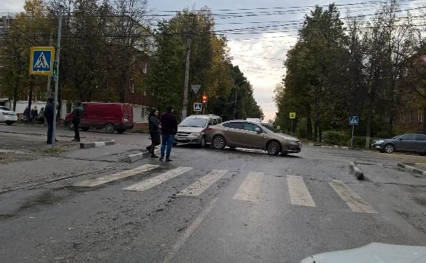 ДТП на Кирова в Туле, перекресток с ул. Глинки