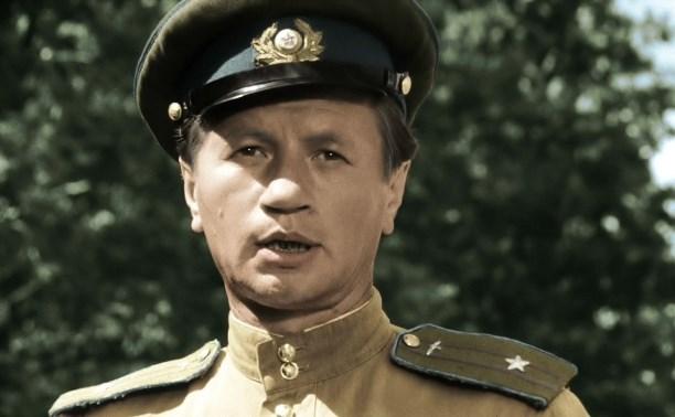 15 октября: в Туле начали показывать фильм «В бой идут одни старики»