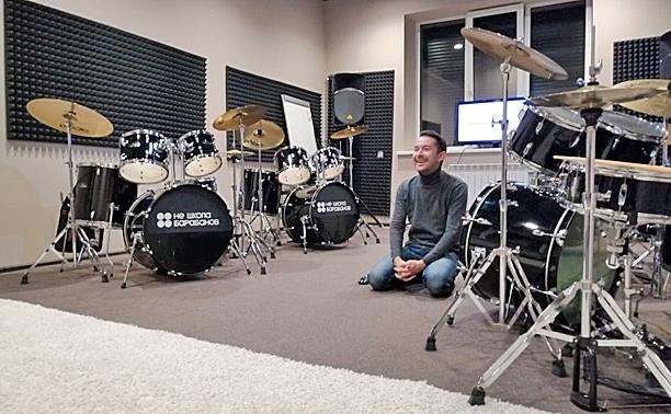 Нереальное занятие в «Не школе барабанов»