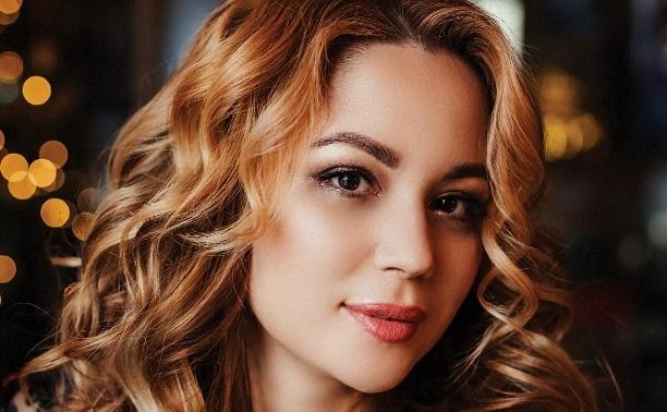 Лицо с обложки: Светлана Савина