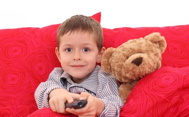 Какие мультфильмы показывать детям?