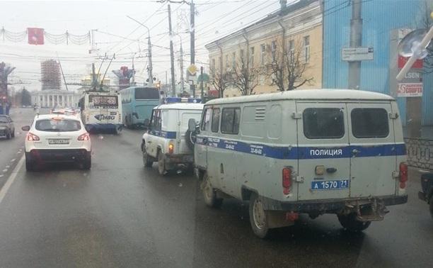 В центре Тулы сломались две полицейские машины
