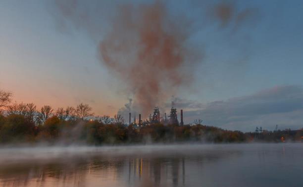 Голосуем за лучшие кадры в фотоконкурсе «Дым и зеркала»