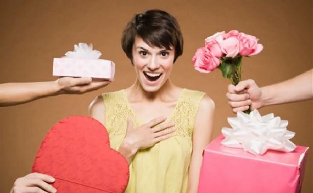 Что 8 Марта получат женщины в подарок?