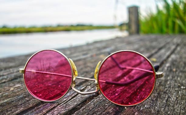 Запускаем новый фотоконкурс «В розовых очках»