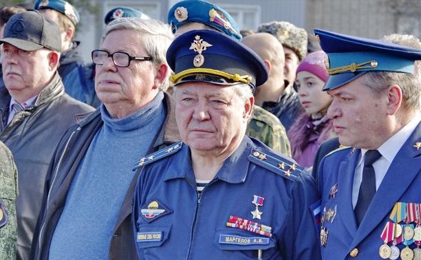 Сын командующего ВДВ полковник Маргелов скончался в Москве.