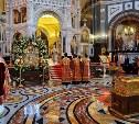 Патриарх Кирилл воздает должное тысячам людей, которые готовы часами стоять к мощам Николая Угодника