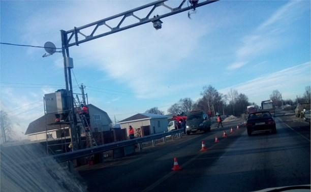 По дороге в Узловую огромная пробка из-за дорожных работ