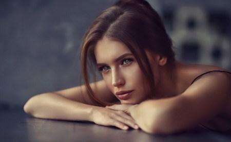 Лицо с обложки: актриса из Тулы Елиза Вета