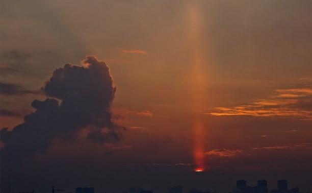 Светящийся столб над Тулой.