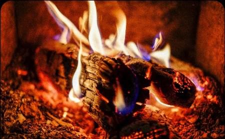 Участвуйте в фотоконкурсе «Завораживающий огонь»
