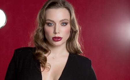Лицо с обложки: Мария Савельева