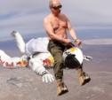 Жму руку Жириновскому, а у меня трусы в сердечках!