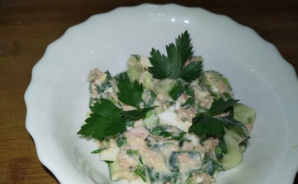 Тунец в салате