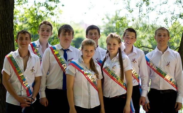 Крапивенские выпускники нарушили все традиции