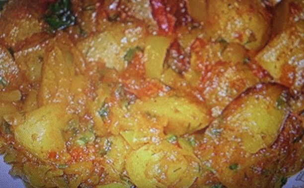 Картофель, тушеный с овощами