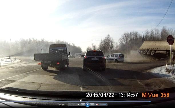 ДТП на перекрестке Одоевского шоссе и старая М2 «Крым»