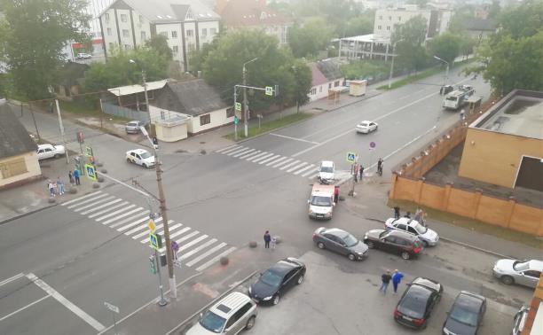 Опять авария на ул. Болдина....