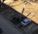 Незаконная парковка на ул. Максима Горького 13.