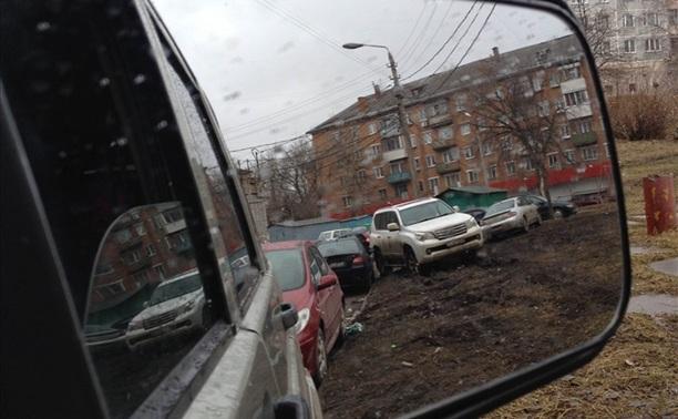 """""""Я паркуюсь как му..к и не могу уехать"""""""