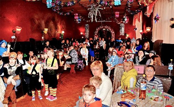Карнавал «Новогодний серпантин»