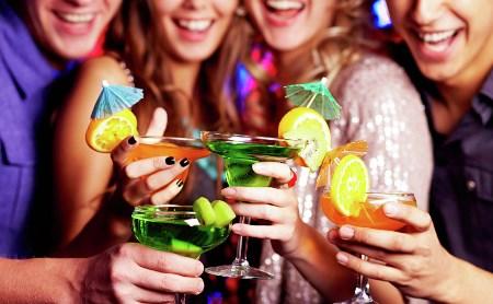 Топ-8 коктейлей, популярных в Туле этим летом