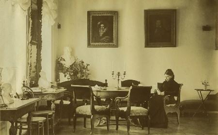 Что любила графиня Софья Андреевна Толстая больше всего?