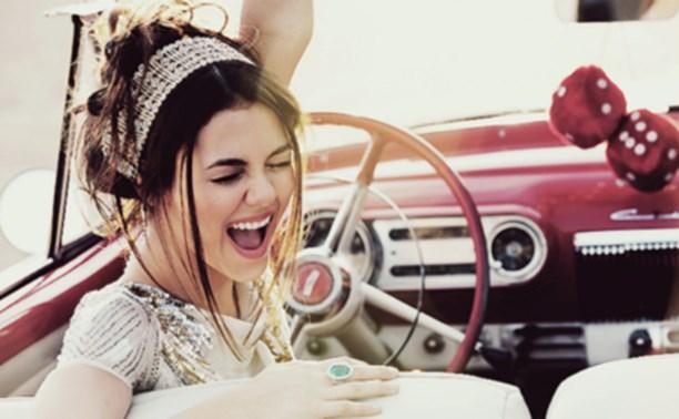 Выбираем автошколу и учимся водить этим летом