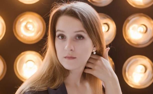 Актриса Юлия Школьникова: «Когда актер начинает врать, мир театра от него закрывается»