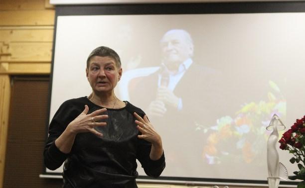 Екатерина Дурова, дочь актера Льва Дурова: В 75 лет папа показал стриптиз