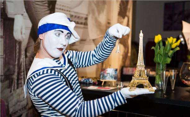 В «Тройке» появилось «сообщество любителей Франции»