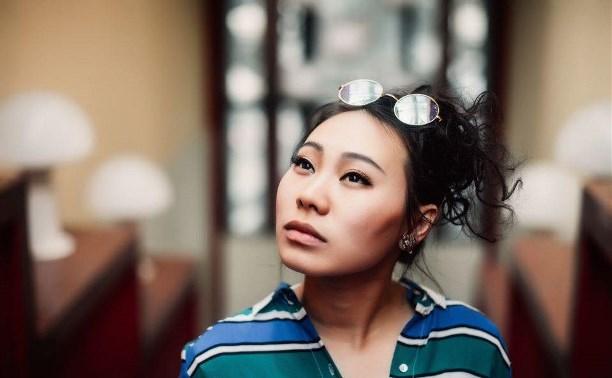 Китайская актриса Ян Гэ: о пряниках, тульских студентах и общажных посиделках