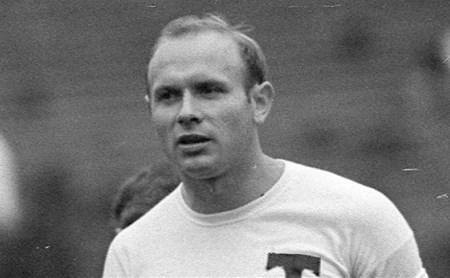 Легенда футбола Эд Стрельцов отбывал легкое на тюрьме Донского