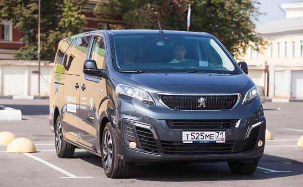 Проект «Тест-драйв»: Peugeot Traveller - поедем бизнес-классом!