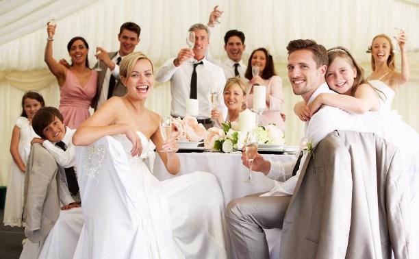 Модная свадьба: от девичника и платья невесты до ресторана и торта