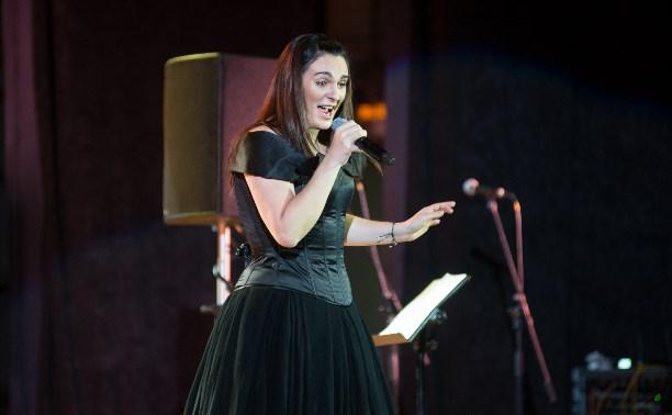 Певица Елена Ваенга: На сцене я настоящая, вывернута наизнаку