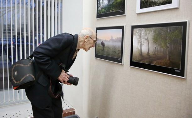 В выставочном зале открылась выставка тульских фотографов